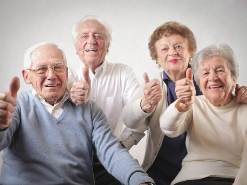 senior-people-with-thumbs-up